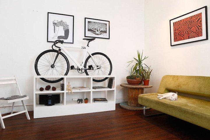 Diseños de muebles para guardar bicicletas en pequeños apartamentos ...