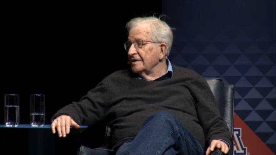 """EEUU podria no cumplir el acuerdo nuclear con Irán"", Noam Chomsky - Noam-Chomsky"