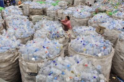 Holanda, carreteras fabricadas con plástico reciclado - plastico