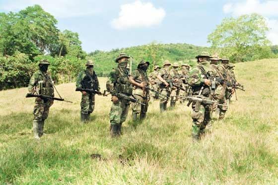 JIGUAMIANDÓ, CHOCÓ: Paramilitares fortalecen estrategia militar y social en Jiguamiandó - paramilitares