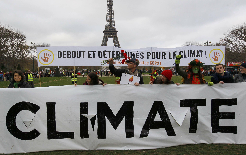 París no permitirá que se cuestione el acuerdo del cambio climático - paris-cambio-climatico