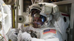 NASA busca agentes de policía para el espacio - 09391062_xl-300x169