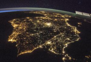 La contaminación lumínica aumenta más de un 2% al año - La-contaminacion-luminica-aumenta-mas-de-un-2-al-ano_image_380-300x204